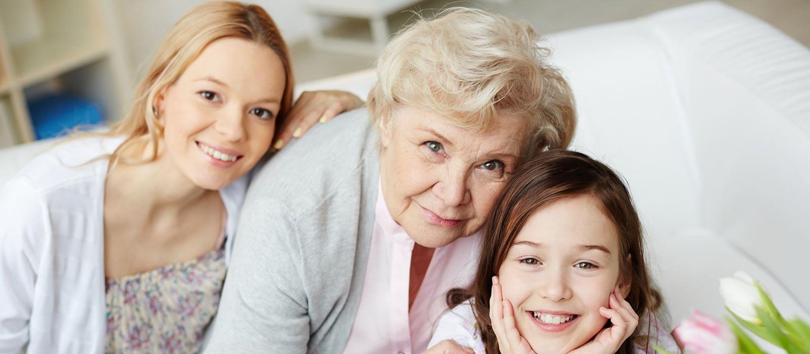¿Cómo debe cuidar la mujer su salud a lo largo de las diferentes etapas de su vida?